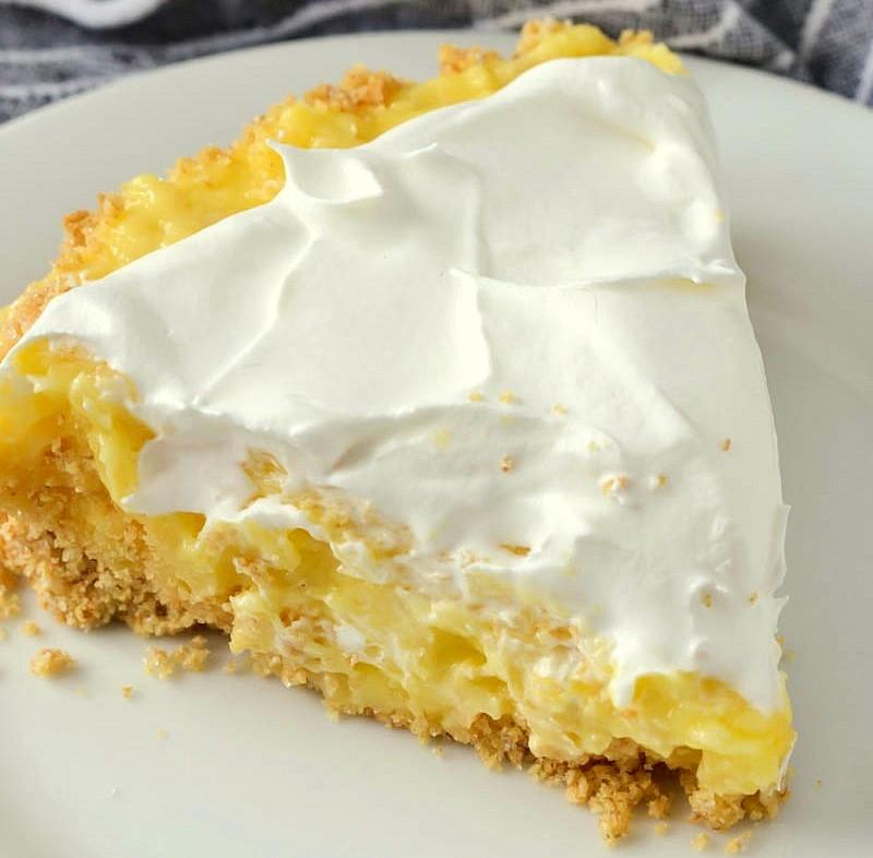 Quick Pineapple Pie (5-Minutes Dessert)